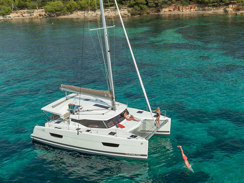 fountaine-pajot-new-40-bg